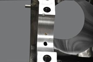 Pin oiler insert