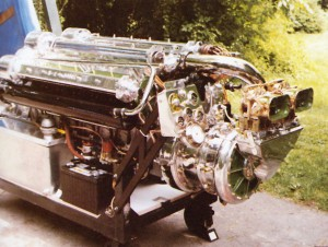 Gold Cup marine racing engine
