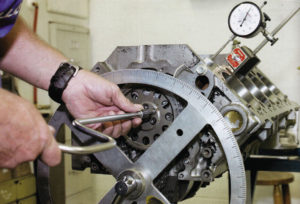 Installing a camshaft