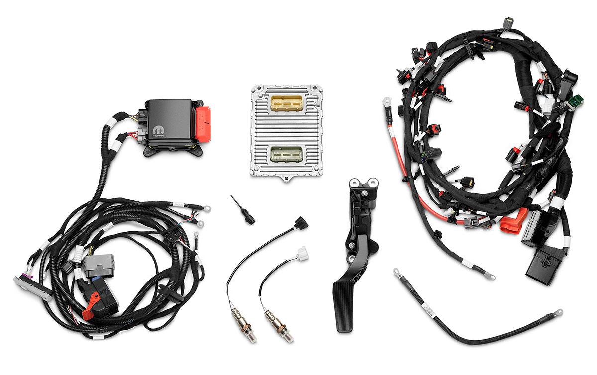 hot rod engine tech mopar debuts supercharged hemi crate engine
