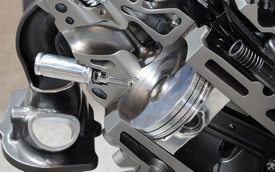 direct injection Corvette engine